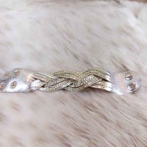 4/$20 Sparkly Bracelet Good Condition